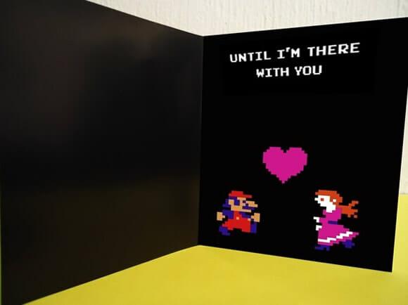 Cartão do dia dos namorados traz o clássico game Donkey Kong como tema.