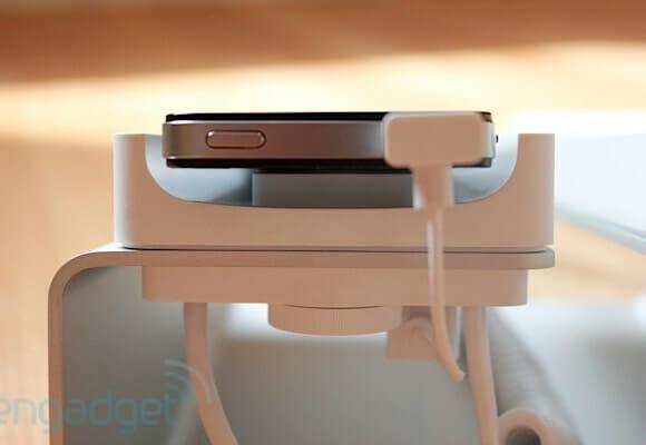 Desk Phone Dock deixa seu iPhone com cara de telefone de mesa.