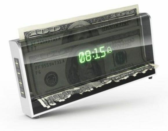 Despertador triturador de dinheiro - Ou você acorda ou fica pobre.