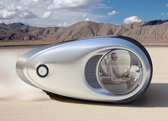 ECCO - Um estranho veículo futurista que se transforma em um trailer.