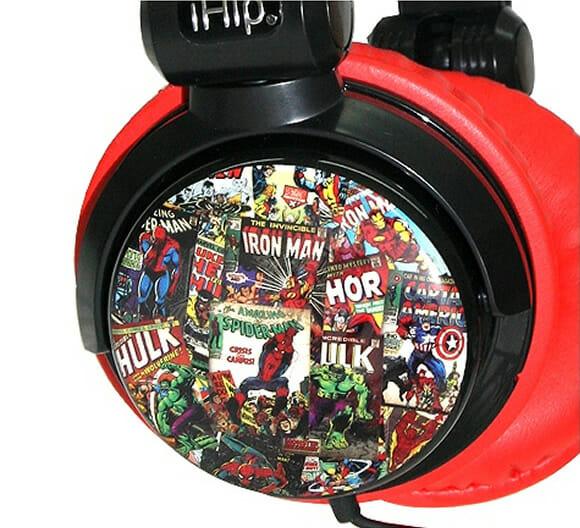 Headphone Marvel Comics Vintage traz imagens de HQs dos principais heróis da Marvel.