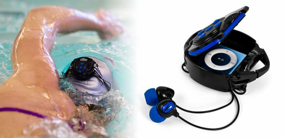 INT4-BK - Para escutar as músicas de seu iPod dentro da piscina!