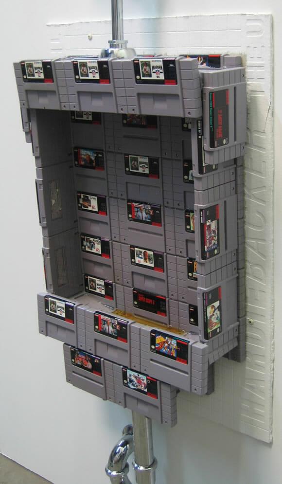 Um mictório totalmente funcional feito com cartuchos de Super Nintendo! (com vídeo)