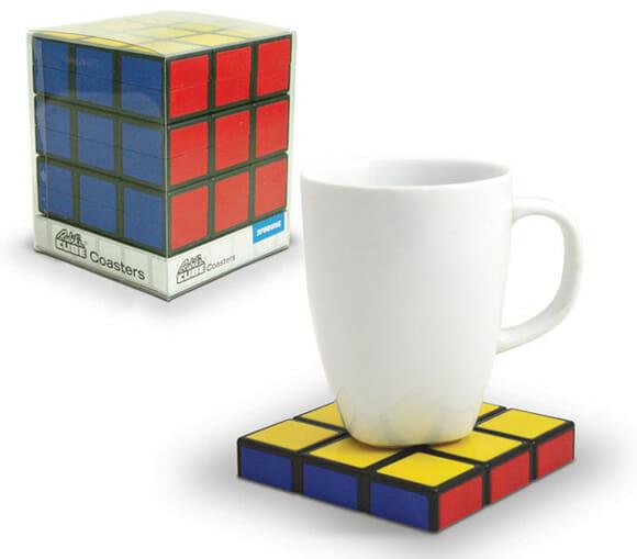 Porta-copos cubo mágico. Perfeito para geeks!