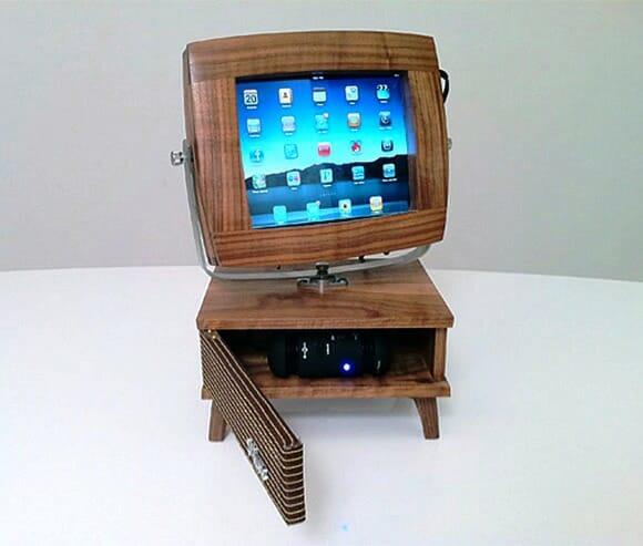 V-luxe - Um suporte que transforma seu iPad em uma TV retrô