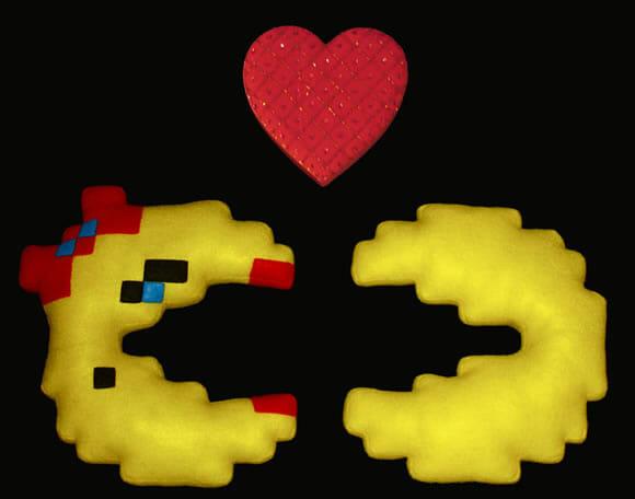 Casal Pac-Man de pelúcia: Perfeito para o Dia dos Namorados!