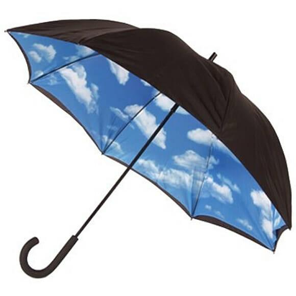 Sky Umbrella - O guarda-chuva que te anima em dias chuvosos.