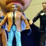 Professor de faculdade constrói versão de Action Figures de seus colegas de trabalho.