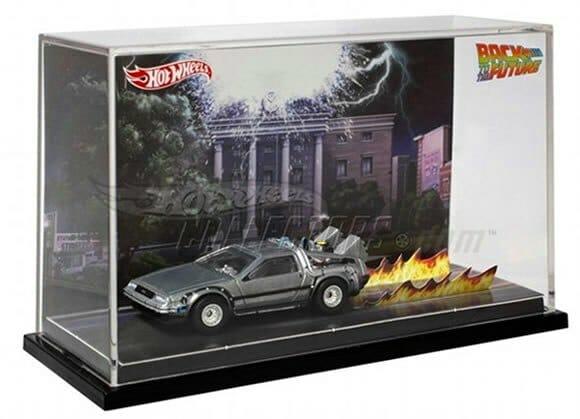 Hot Wheels da Delorean do filme De Volta Para o Futuro começa a ser vendida pela Mattel.