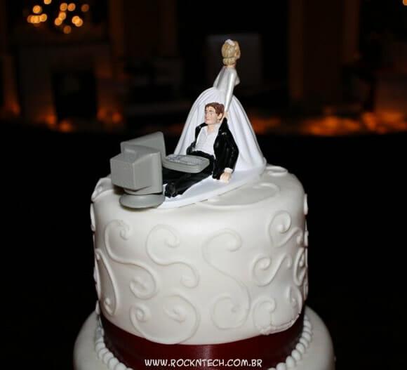 FOTOFUN - Bolo de casamento geek.