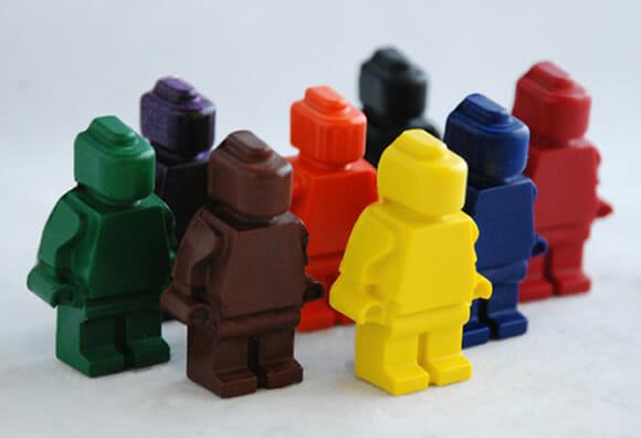 Giz de cera de LEGO: Pintar ou não pintar, eis a questão.