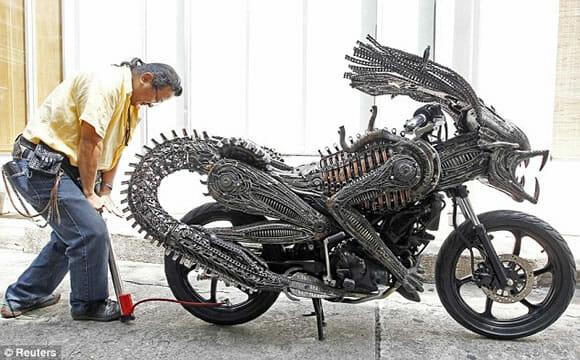 Cuidado! Você pode cruzar com uma moto Alien por aí!