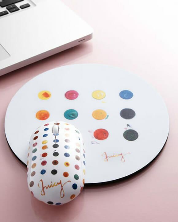 Mouse e mousepad aquarela deixam a mesa do PC muito mais colorida