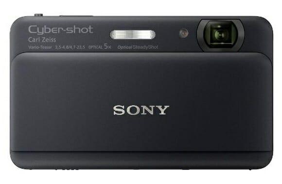 Nova câmera Cyber-shot da Sony captura fotos e grava vídeos simultaneamente.