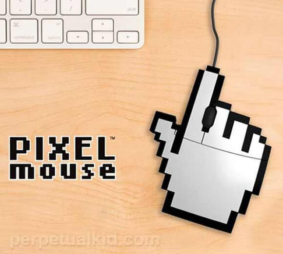 USB Pixel Mouse - Mouse de verdade tem que ter formato de cursor de mouse!