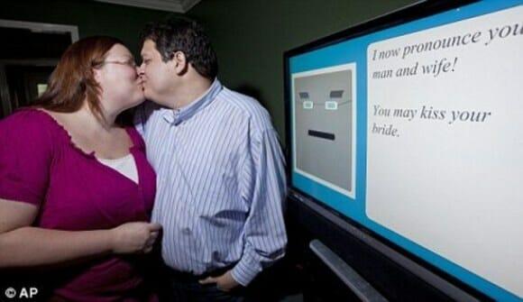 Padre PC celebra casamento nerd nos EUA.