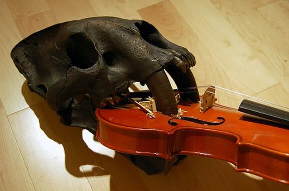As incríveis esculturas de Maskull Lasserre inspiradas em estruturas anatômicas