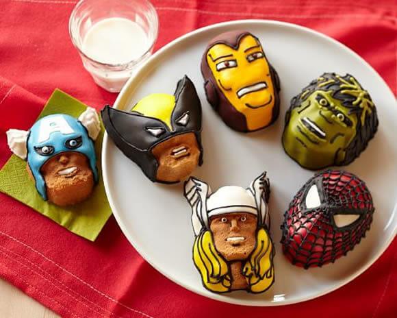 Marvel Cakelet Pan para sobremesas mais geeks!