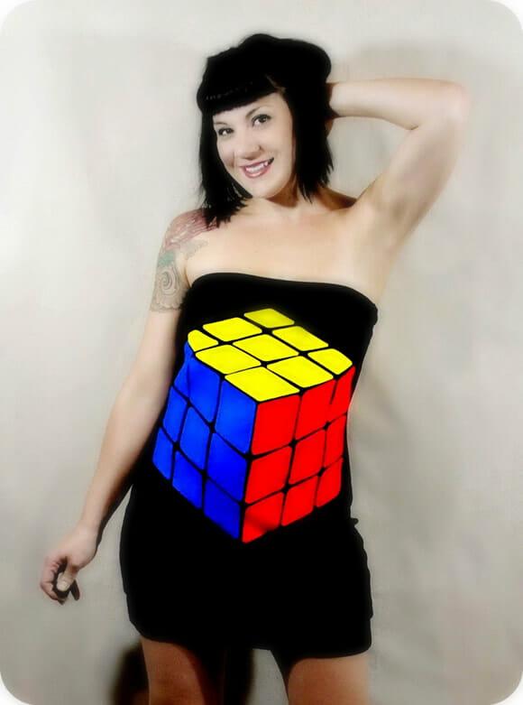 Depois do vestido Game Boy, vem aí o vestido Cubo Mágico!