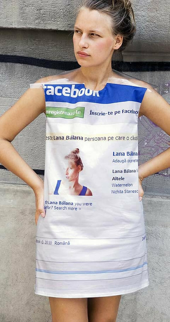 Facebook Profile Dress para sair literalmente usando o seu perfil do Facebook.