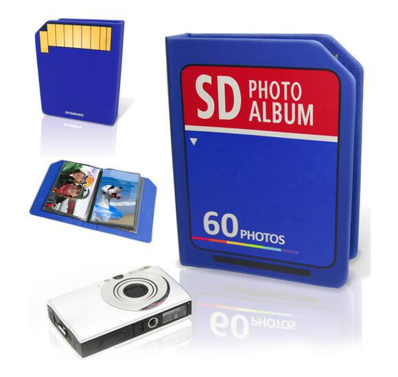 Guarde seus momentos em um álbum de fotos com o formato de um cartão SD!