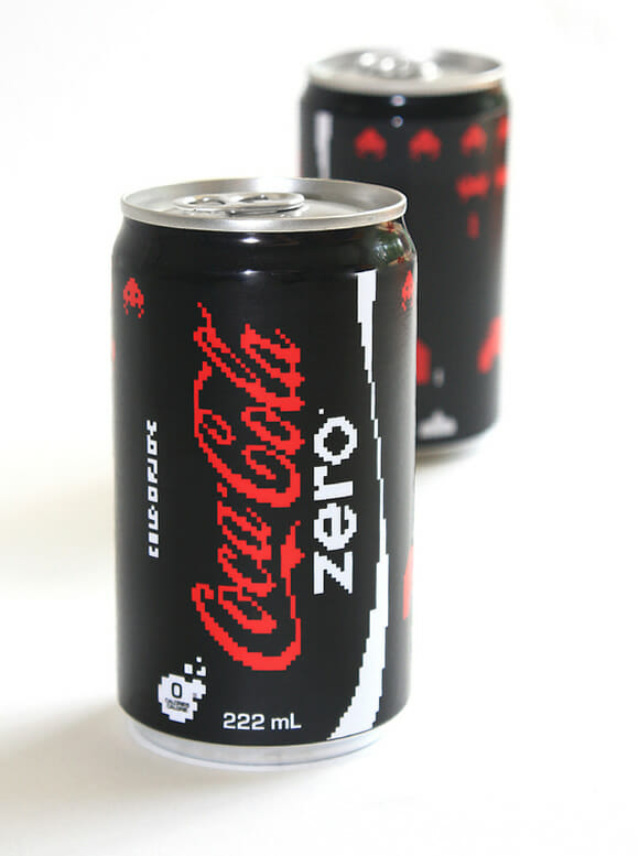 Coca-Cola edição Space Invaders