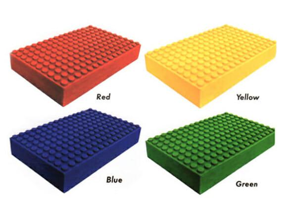 Zip Zip lança HDs externos em forma de blocos de LEGO compatíveis com os blocos originais.