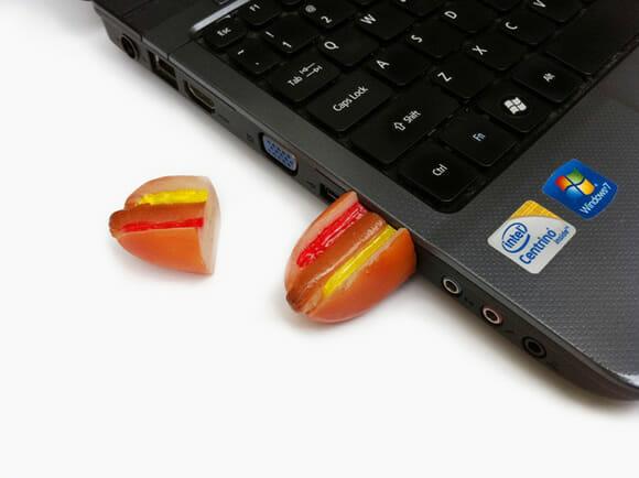 Um pen drive criado especialmente para os fanáticos por Hot Dog!