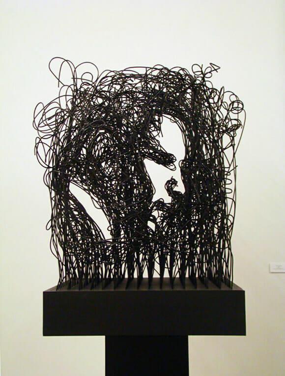 Parecem retratos, mas acredite, são esculturas!