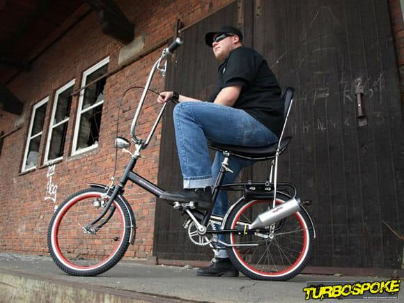 Turbospoke - Equipe sua bicicleta com um escapamento com som de motocicleta! (vídeo)