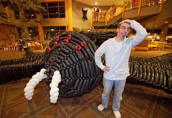 Com vocês a maior escultura de balões do mundo!
