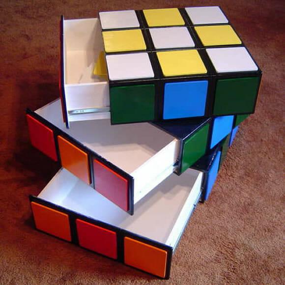 Cômoda Cubo Mágico para organizar, decorar e divertir! (com vídeo)