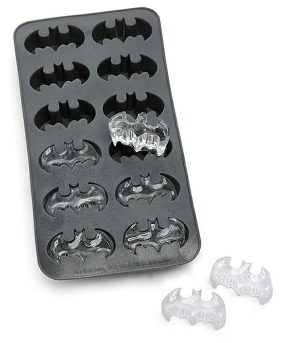 BatGelo - Essa arma o Batman não tem!