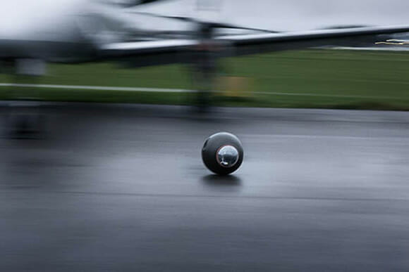 Rotundus GroundBot - A pequena esfera que poderá substituir os vigilantes no futuro.