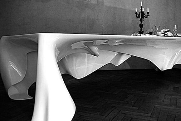 Mesa fantasma. Já viu isso?