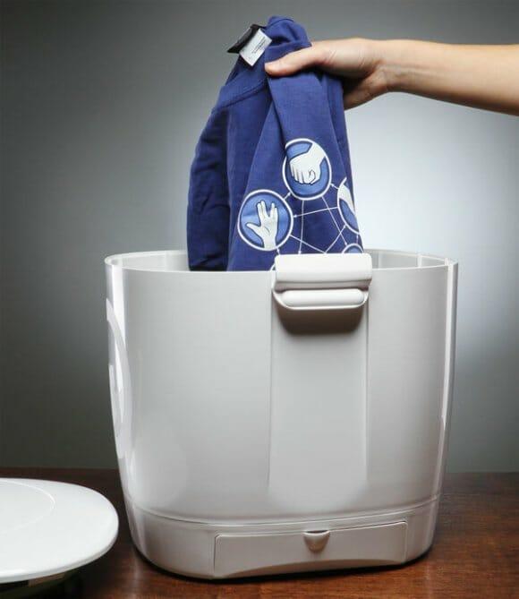 Com uma máquina de lavar portátil roupa suja se lava em qualquer lugar!