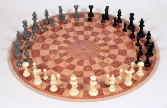Tabuleiro de xadrez solidário permite que até 3 jogadores joguem simultaneamente