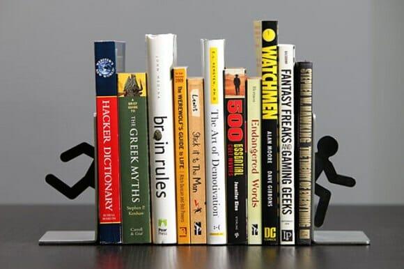 Porta-livros do game Portal 2 para decorar as prateleiras de livros dos geeks