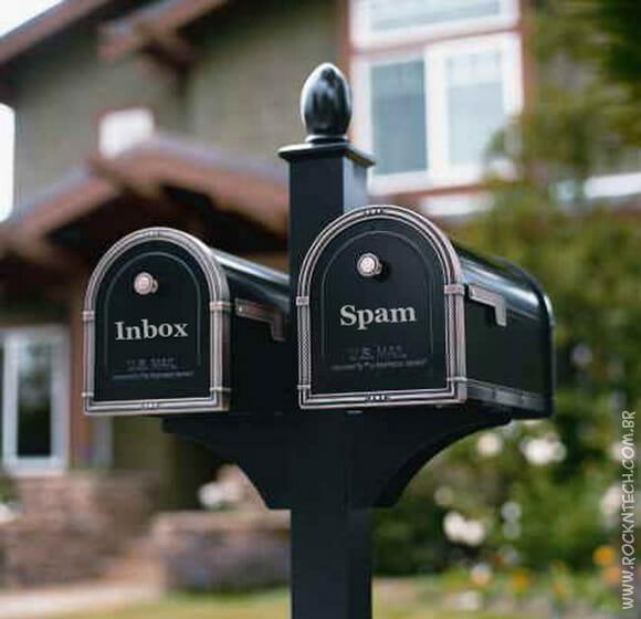 FOTOFUN - Em casa de geek a caixa de correio deveria ser assim