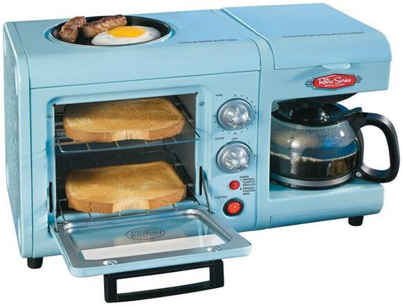 Breakfast Station: Cafeteira, torradeira e frigideira em um só lugar!