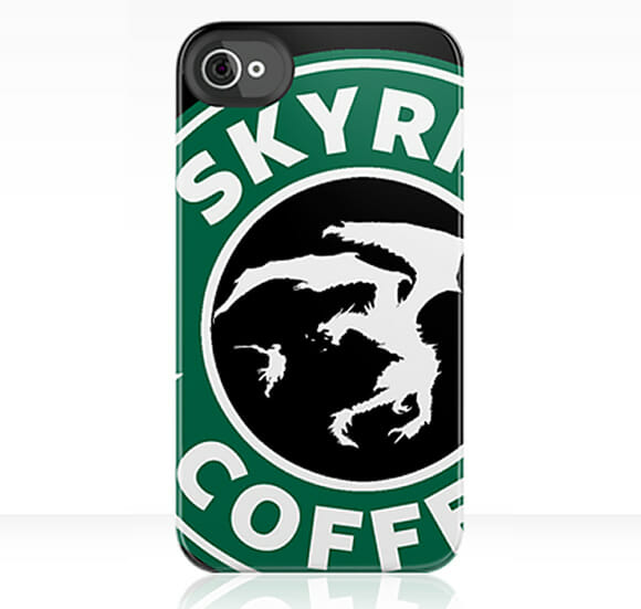 Cases para iPhone unem logotipo da Starbucks com games