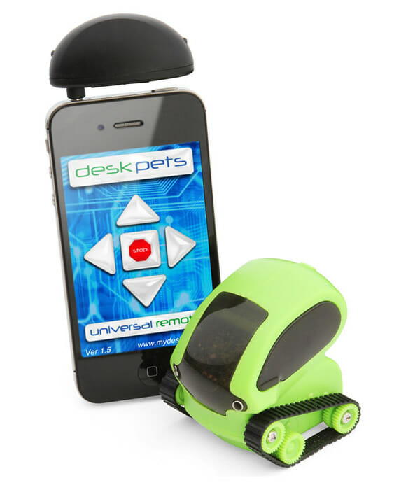 Desk Pet Tankbots de controle remoto podem ser controlados por iPhones e iPods Touch