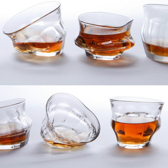 Com os copos TIPSY você vai pensar que está bêbado mesmo quando não estiver!