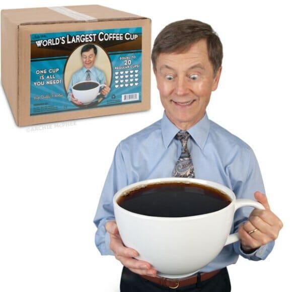 Não quer entrar para tomar uma xícara de café?
