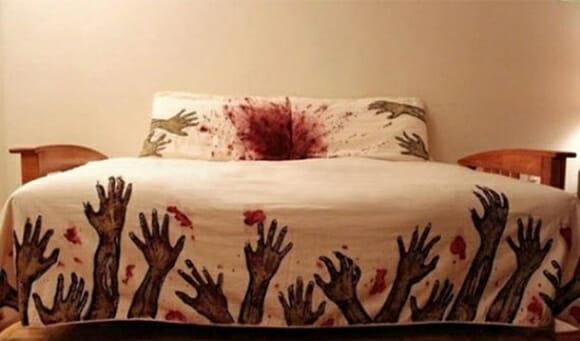 Corra! Invasão zumbi no seu quarto!!!