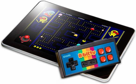 Com o iCade 8-Bitty você joga em seu iPhone como se estivesse jogando no Nintendinho!