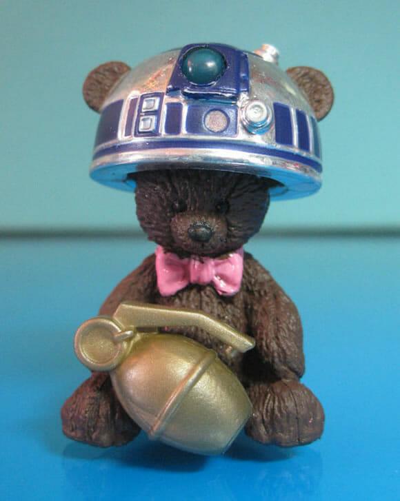 Brinquedos bizarros misturam partes de bonecas antigas com action figures do Star Wars