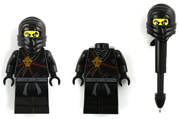 Bonecos de LEGO Ninjas se transformam em canetas