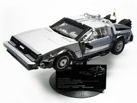 Legomaníaco cria réplica perfeita da DeLorean do filme De Volta para o Futuro com LEGO