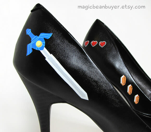 Sapato geek inspirado no game Zelda